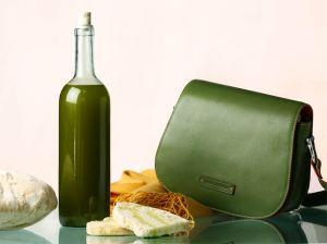 Pierotucci Extra Virgin Olive Oil and Toscanella Shoulder Bag