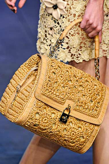 D&G Lace and Straw in a lovely Malt Color
