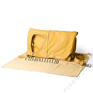 Super sized clutch leather handbag from Caterina Lucchi