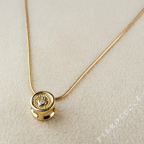 18K yellow gold filigree circle charm with genuine diamond