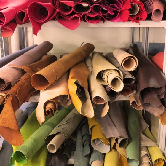 leather excursion | Pierotucci Factory