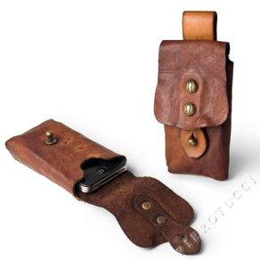 Campomaggi_Cell_Phone_Holder_in_distressed_leather_12844