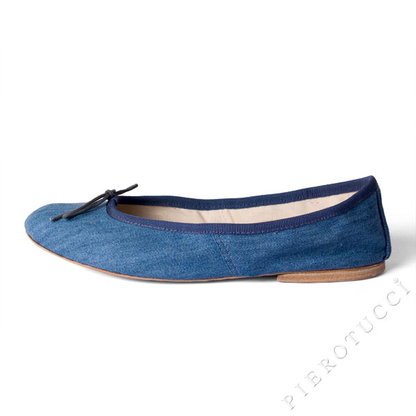 Blue Jeans and Porselli Ballet Flats